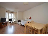 STUDENTS 17/18: Very large 4 bed HMO property in Bellevue with parking available August - NO FEES
