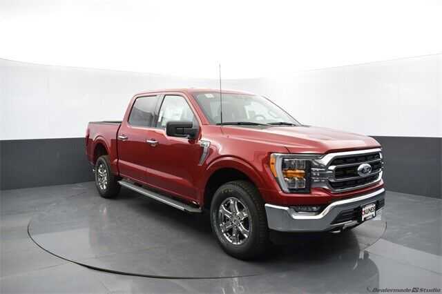 2021 Ford F-150 XLT Red 4D SuperCrew - Shipping Available!