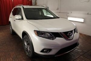 2016 Nissan Rogue LOADED WITH HEATED SEATS!  BLUETOOTH!