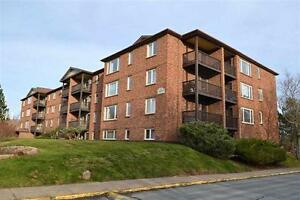 Condominium for Rent  : 64 Cumberland Drive, Dartmouth