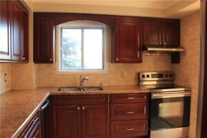 FOR RENT:  3 bed 2.5 bath Town, near Square One, Mississauga