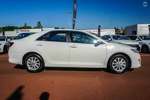 2014 Toyota Camry AVV50R Hybrid H White 1 Speed Constant Variable Sedan Hybrid Westminster Stirling Area Preview