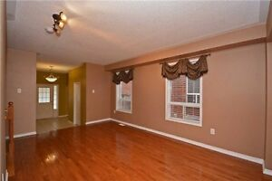 Fantastic End-Unit Townhome in Milton Near GO Station! Oakville / Halton Region Toronto (GTA) image 2