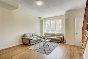 Corner 3 Bdr Town House For Sale In Brampton@ Great Location