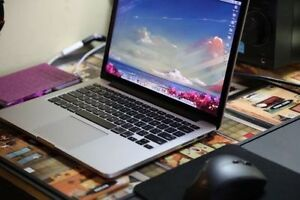 "2015 MACBOOK PRO RETINA 13"" 3.1GHz 8GB SOFTWARE # MUST SEE"