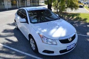 2012 Holden Cruze JH MY13 CD White 6 Speed Automatic Hatchback Maddington Gosnells Area Preview