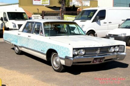 1967 Chrysler Newport V8 HOT ROD 3 Speed Automatic Sedan