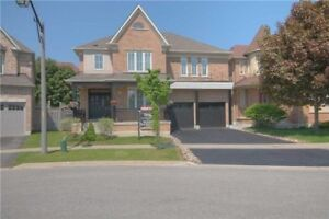 4 BEDROOM 4 WASHROOM FOR RENT IN AJAX $2600