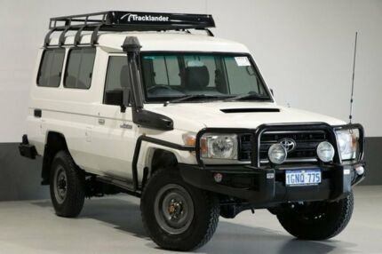 2013 Toyota Landcruiser VDJ78R MY12 Update Workmate (4x4) 11 Seat White 5 Speed Manual TroopCarrier Bentley Canning Area Preview