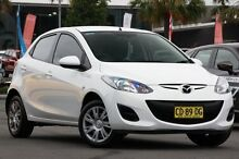 2013 Mazda 2 DE10Y2 MY13 Neo White 5 Speed Manual Hatchback Robina Gold Coast South Preview