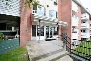 2 BED 2 BATH Condo for RENT 2 Minutes from Hwy 400 - OPEN HOUSE