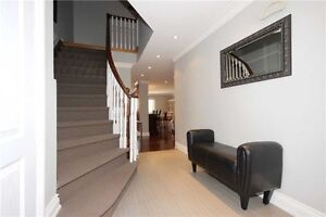 3bd/3bth detached house with fin bsmnt.Folkway Dr.