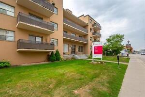 1 Bedroom For Rent -Oakville- Spacious Suite - Close to the Lake Oakville / Halton Region Toronto (GTA) image 5
