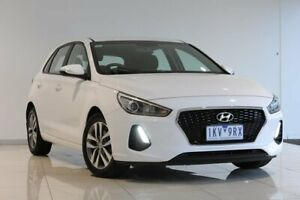 2017 Hyundai i30 PD MY18 Active White 6 Speed Sports Automatic Hatchback Strathmore Heights Moonee Valley Preview
