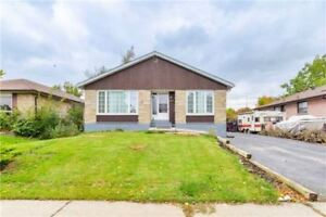 A NICE 3 BED TORONTO BUNGALOW! TWO BASEMENT APARTMENTS! WOW!