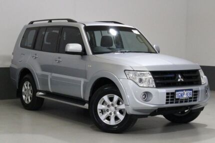 2013 Mitsubishi Pajero NW MY14 GLX-R LWB (4x4) Silver 5 Speed Auto Sports Mode Wagon Bentley Canning Area Preview