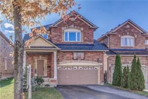 GORGEOUS HOME IN AURORA FOR RENT.