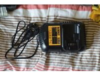 DeWalt XR DCB105 Battery Charger