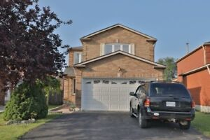 DETACHED HOME IN THE HEART OF MISSISSAUGA!