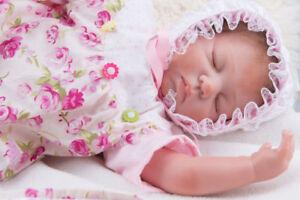 REALISTIC SILICONE REBORN BABY DOLL /  POUPEE EN SILICONE