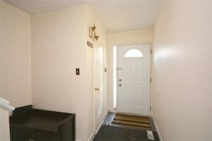 Beautiful 3 Bedroom Townhouse In The Community Of Malton