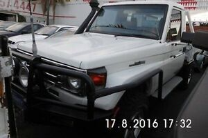 2004 Toyota Landcruiser HDJ79R White 5 Speed Manual Cab Chassis Fawkner Moreland Area Preview