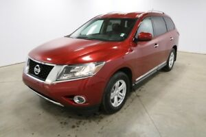2015 Nissan Pathfinder 4WD SL Leather,  Heated Seats,  Bluetooth