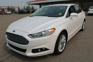 2014 Ford Fusion AWD SE Accident Free,  Navigation (GPS),  Leath