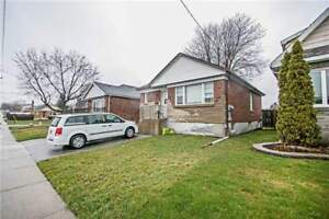 Great Investment Property In Central Oshawa!!
