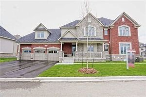 ***DETACHED HOME WITH FINISHED BASEMENT AND SEP ENTRANCE ***