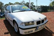1995 BMW 318I  White 4 Speed Automatic Sedan Minchinbury Blacktown Area Preview