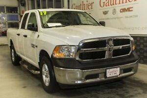 2017 Ram 1500 Quad cab 4x4, Hemi, Bluetooth