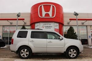 2010 Honda Pilot EX- 8 PASSENGER+ HEATED SEATS & MORE!