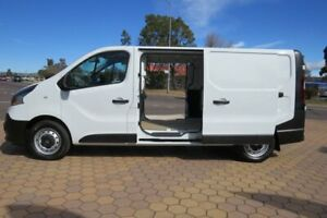 2019 Renault Trafic X82 MY17 Update LWB LOW Glacier White 6 Speed Manual Van Greenway Tuggeranong Preview