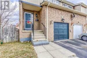 Freehold townhouse in Excellent location
