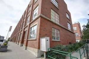 Bright 3-St Townhouse In Prime Location Of Toronto At Bloor St