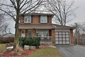 Bronte West Well Maintained Family Home 3 Bed / 4 Bath