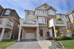 Looking to buy townhouse/house in hespeler cambridge Cambridge Kitchener Area image 1