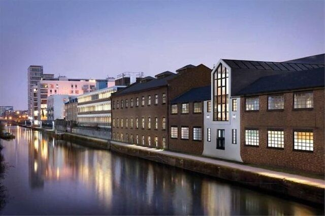 Studio flat in Sail Loft Court, 3 Dod Street, Limehouse