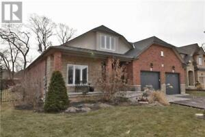 1 GOLF WOODS DR Grimsby, Ontario