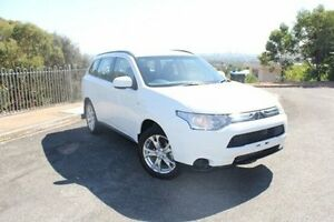 2013 Mitsubishi Outlander ZJ MY13 ES 2WD White 6 Speed Constant Variable Wagon Hawthorn Mitcham Area Preview