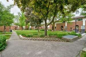 Renovated Top To Bottom! 3Br Condo Townhouse, East Mississauga!
