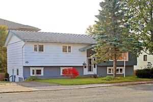 Extra Large 2 Apartment in Cowan Heights!