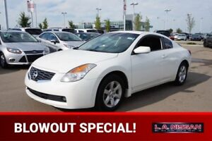 2008 Nissan Altima 2.5 S COUPE Accident Free,  Leather,  Heated