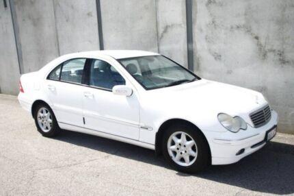 2001 Mercedes-Benz C200 Kompressor W203 Elegance White 5 Speed Sports Automatic Sedan