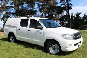 2011 Toyota Hilux GGN15R MY11 Upgrade SR White 5 Speed Automatic Beaconsfield Cardinia Area Preview