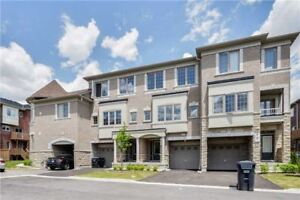 Gorgeous 1 Yr New 3+1 B/R T/House At Chinguacousy/dusk