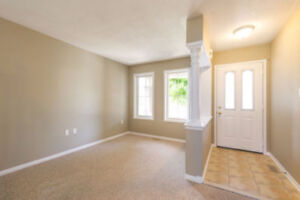 8-10 minute walking distance UOIT/DC, affordable, all inclusive!