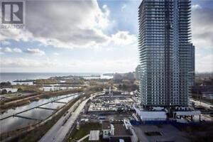 Executive Suite,2+1Beds,2Baths,59 ANNIE CRAIG DR, Toronto