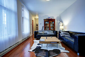 PLATEAU * Looking for 2 roommates to share beautiful apartment *